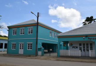 Konsulta di sektor Hulanda Karibense ta stipulá kombenio nobo di penshun