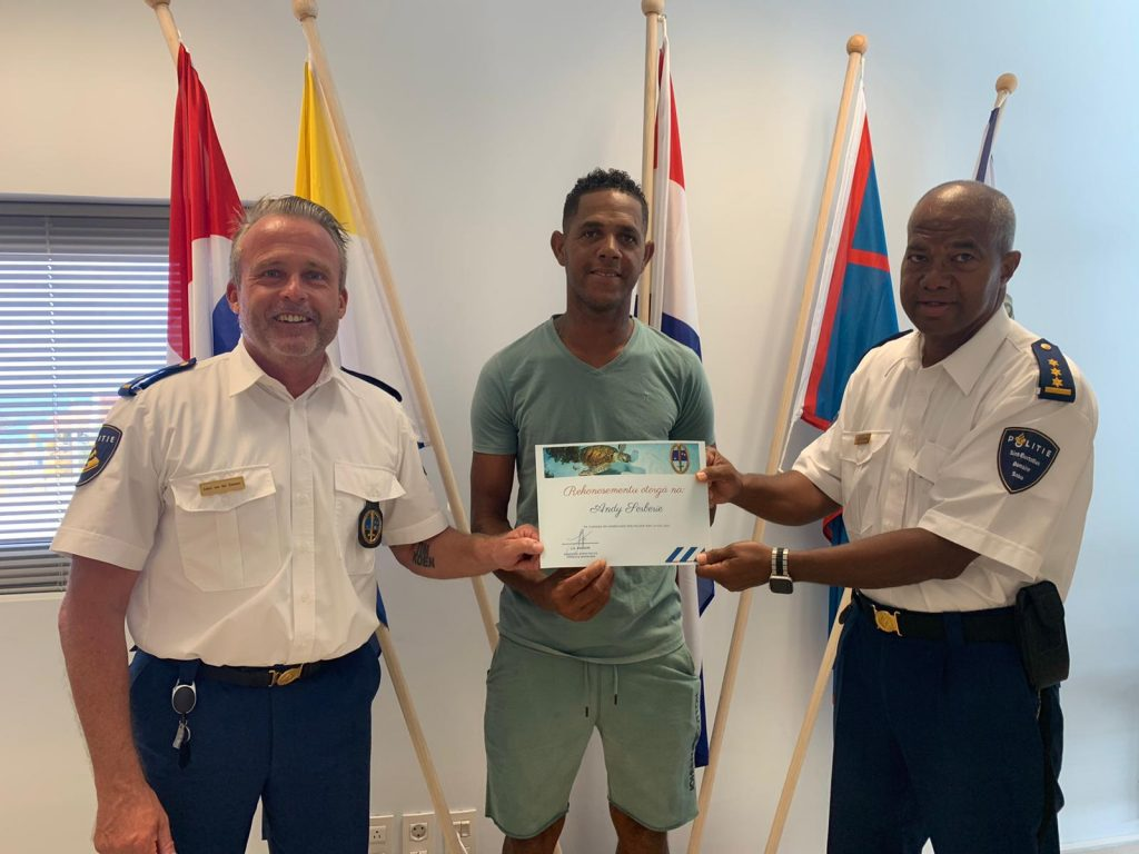 Tourism Corporation Bonaire ta rekonosé Andy Serberie pa su akto noble